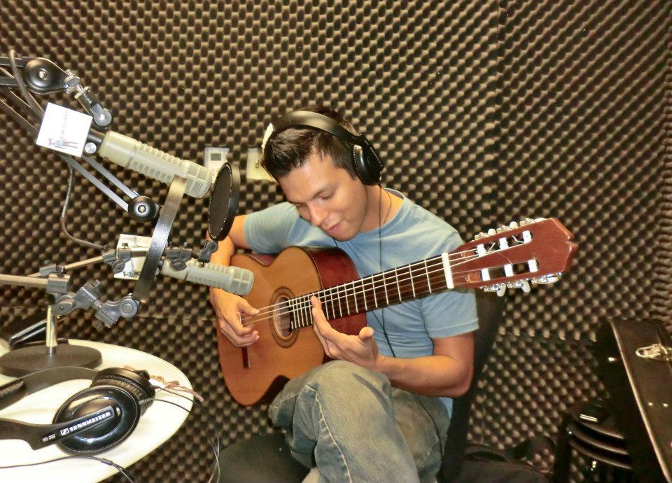 Listen: Encuentro Latino – Angelo Salazar, Peruvian Guitarist