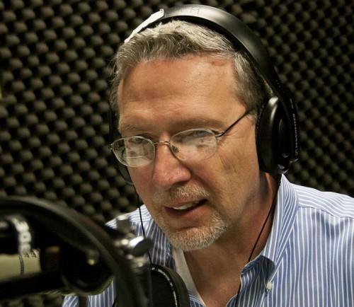 Listen: Happy Hour – Dennis Marciniak – hypnotherapist