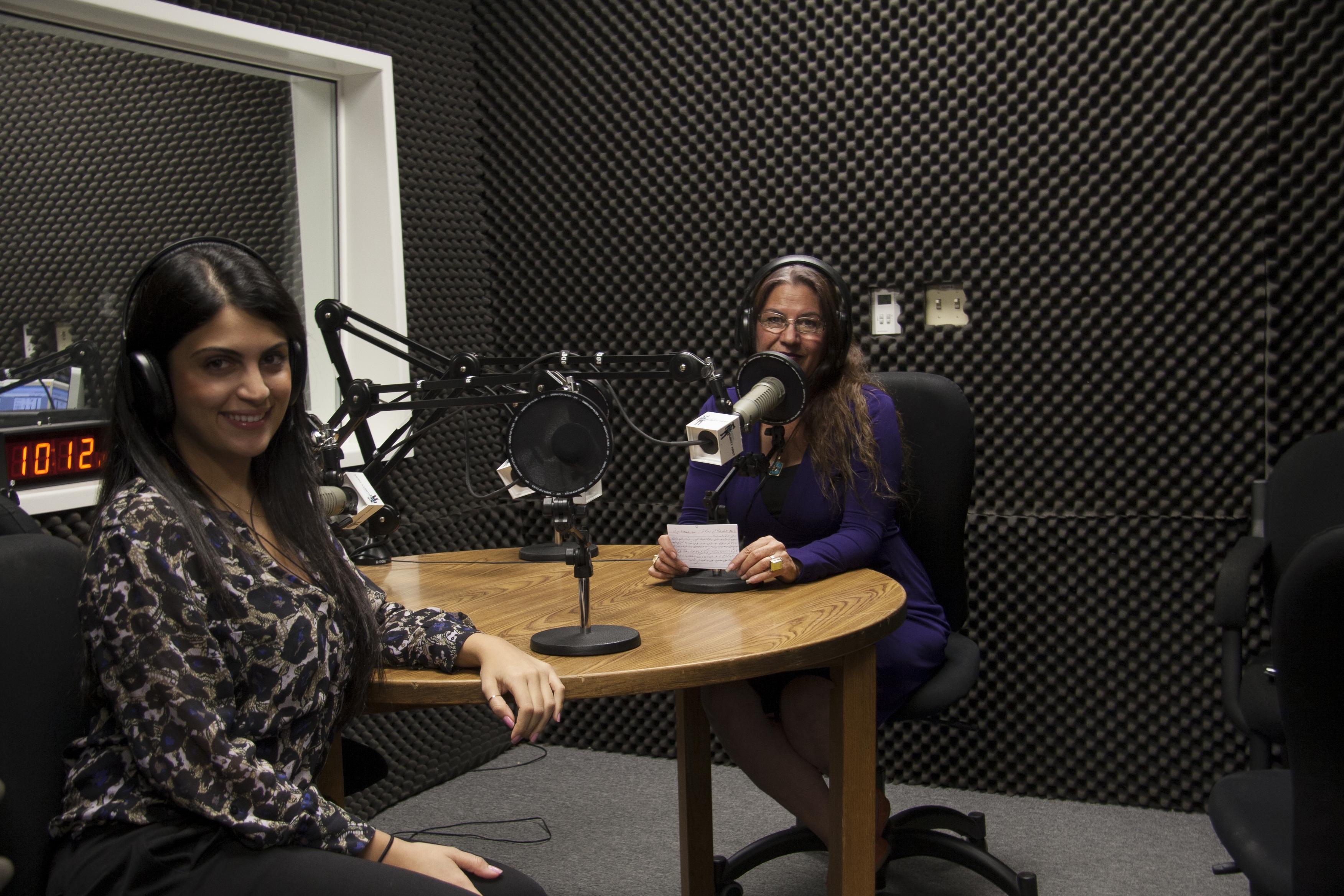 Farsi Show – 10.23.15 – Nahal Ghodousi