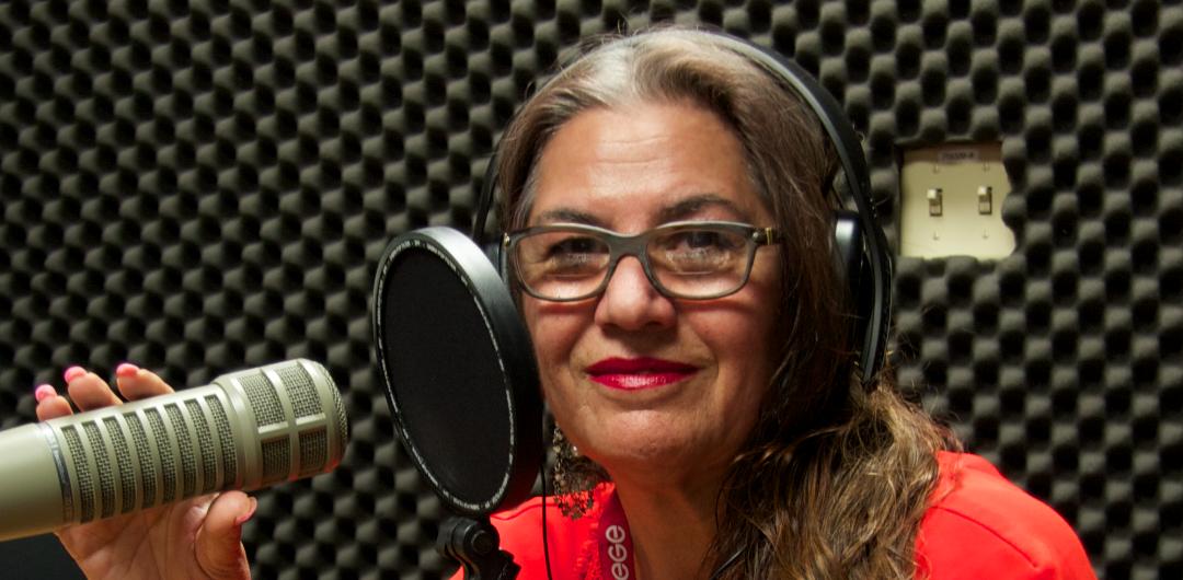 Farsi Show – 02.25.16 – Neda Moridpour